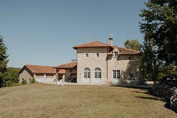 Villa de La Roussie - Domaine De Vieux Mareuil - En cadeau un panier gourmand des produits du terroir