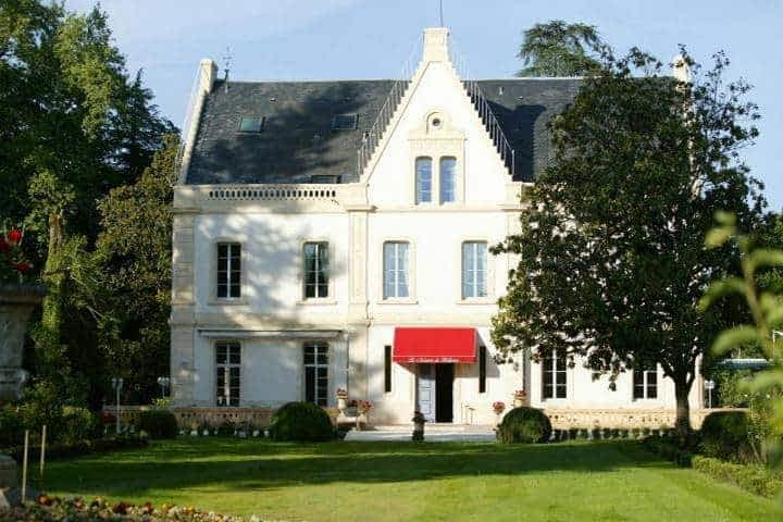 Bellerive Manor